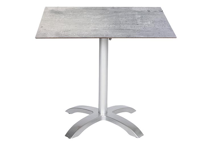 2x 57162 brooklyn Stapelsessel, 1x 56371 acaplan Tisch HPL 6 mm platin/cemento 80x80cm